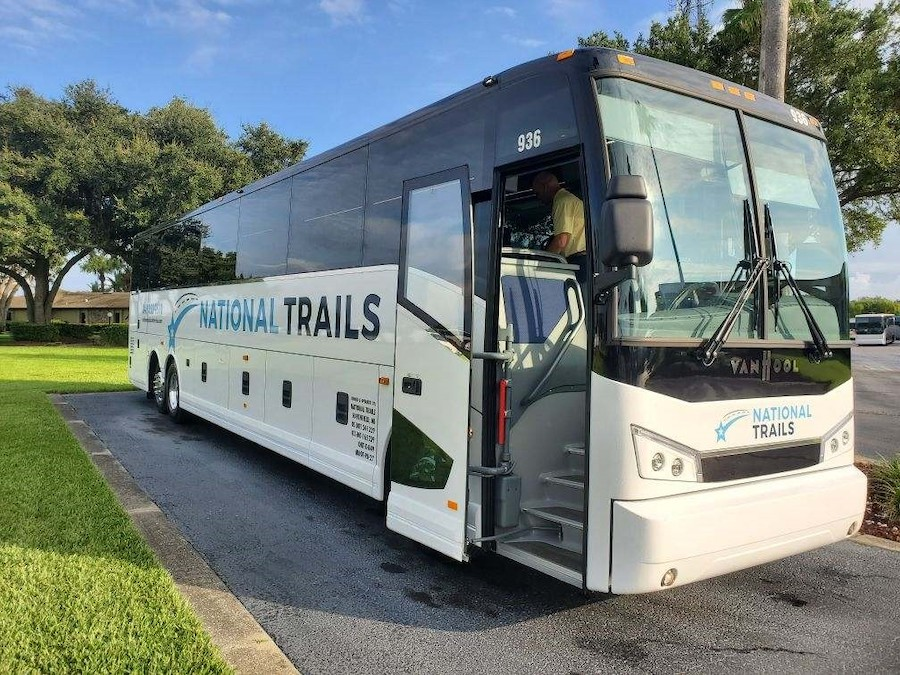 Charter Bus Rental Service in Southfield, MI | National Trails, Inc. - 936
